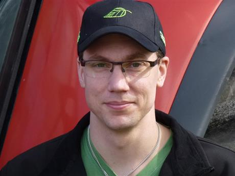 Daniel Vasiliou