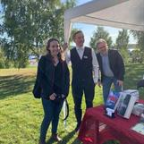 Moa, Jonny, Jörgen Desén, medarbetare på Dahlbergs Bokhandel, Sollefteå