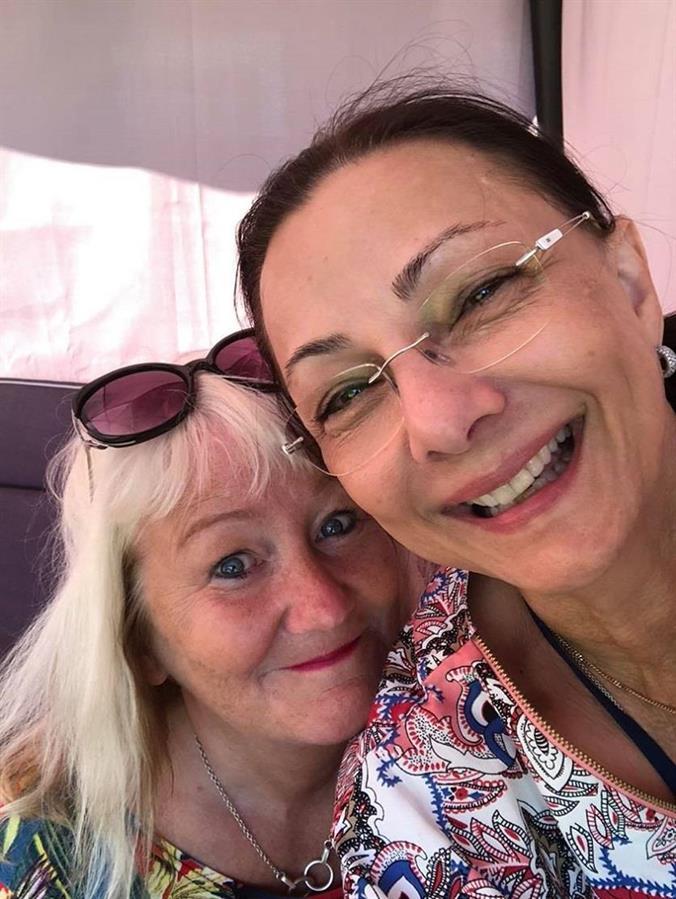 Carina Aynsley och Pia F Davidson
