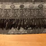 4) Pashminajal - svart/grå