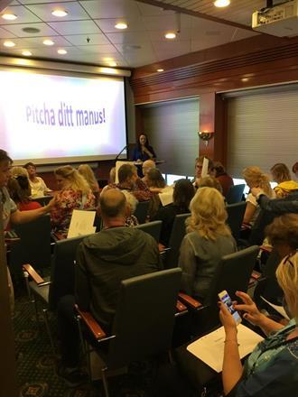Föreläsning med Pia F Davidson och Birgitta Backlund: Pitcha ditt manus