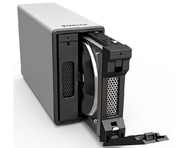 Stardom RAID med 2 500MB SSD