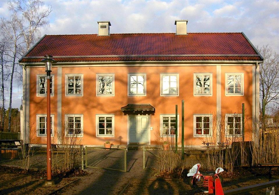 Jurige Gårds nya mangårdsbyggnad, numera en förskola