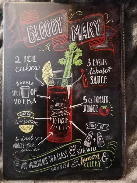 Bloody Mary, peltitaulu nro. 2