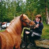 Trine og Mikko nyter en brus under høststevnet- 02