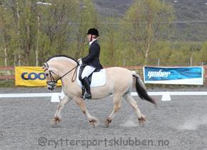 Cecilie Vangen/Odin Tyler (RSKN)