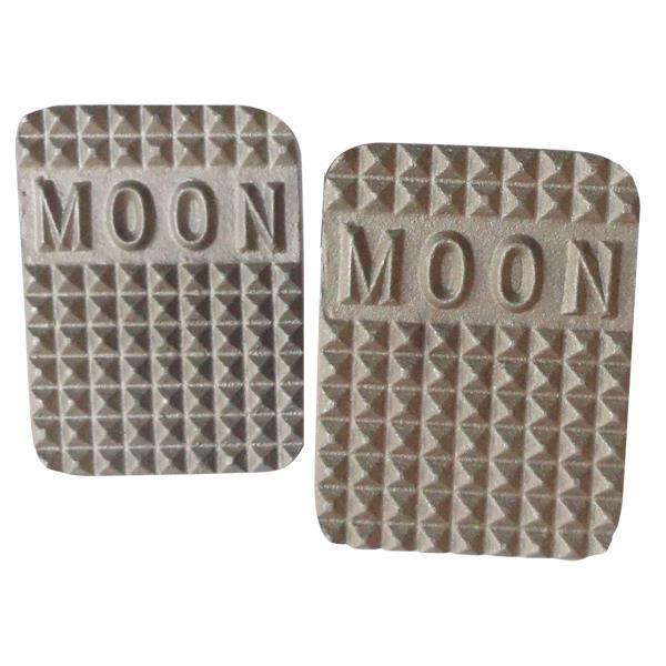 Moon pedaler