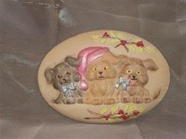 Platta julhundar målad