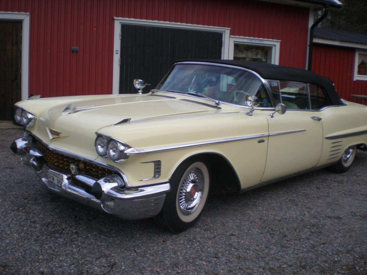 Cadillac -58 Cab