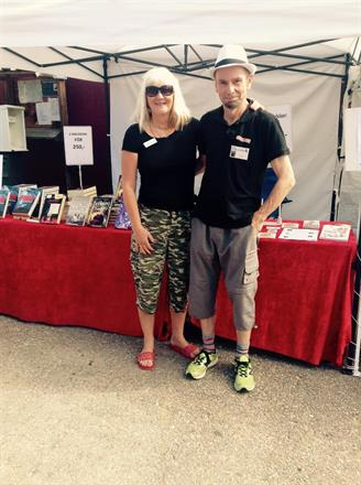 Supernöjda eventgeneraler: Carina och Micael