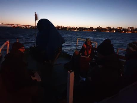Båtpraktik Mörker