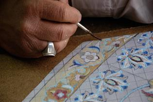 Tegning av mønster på millimeterpapir