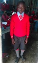 Emanuel i stilig uniform