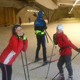 Anne og Aasne på plass i skitunellen i Torsby