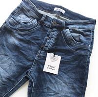 Piro Jeans, Farkku
