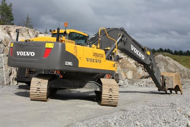 Volvo 30 tonner på T-forbindelsen