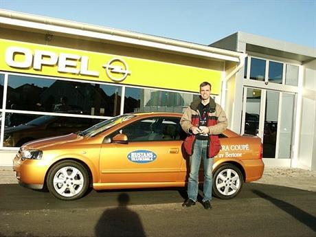 Opel Astra Bertone Coupe 2001