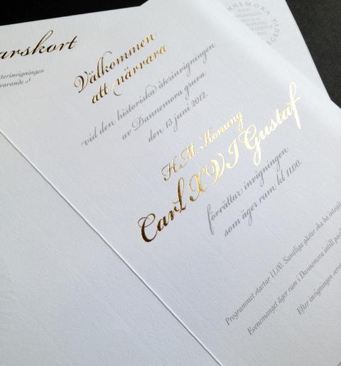 Guldfolierad inbjudan