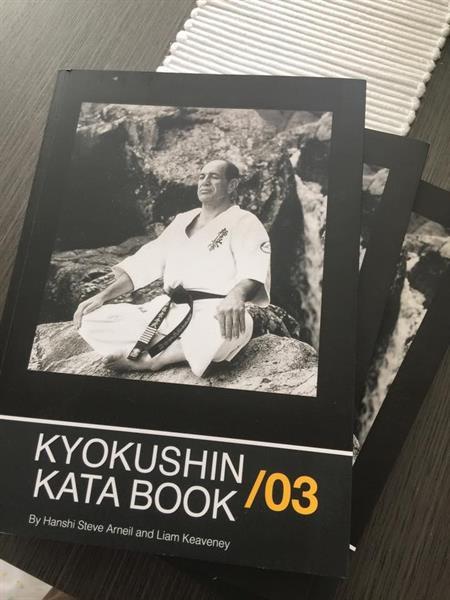 Kyokushin Kata Book (S.Arneil / L.Keaveney)