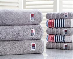 Lexington Original Bath Towel Dark Gray, 70 x 130 cm