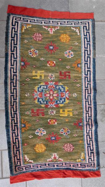 1136 Tibet 137 x 68