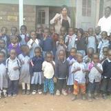 Fler barn har fått skoluniformer