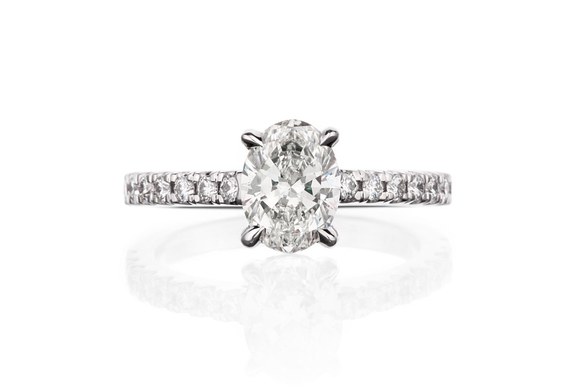 Oval diamant 1ct , Juveler MSJ