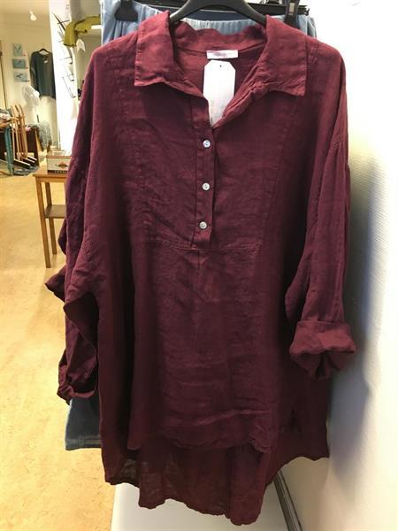 Frackskjorta i linne Rubin one size