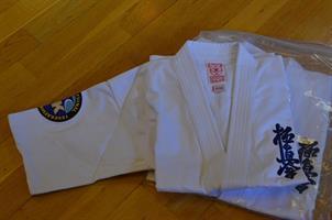 Karategi m/logo
