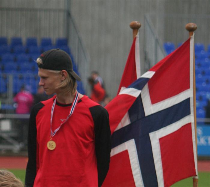 Gull og sølv til Sander i Sandnes