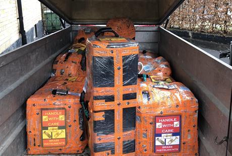 9 kollin lastade / 9 packages loaded