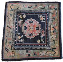 18003 Tibetansk seteteppe 76 x 74