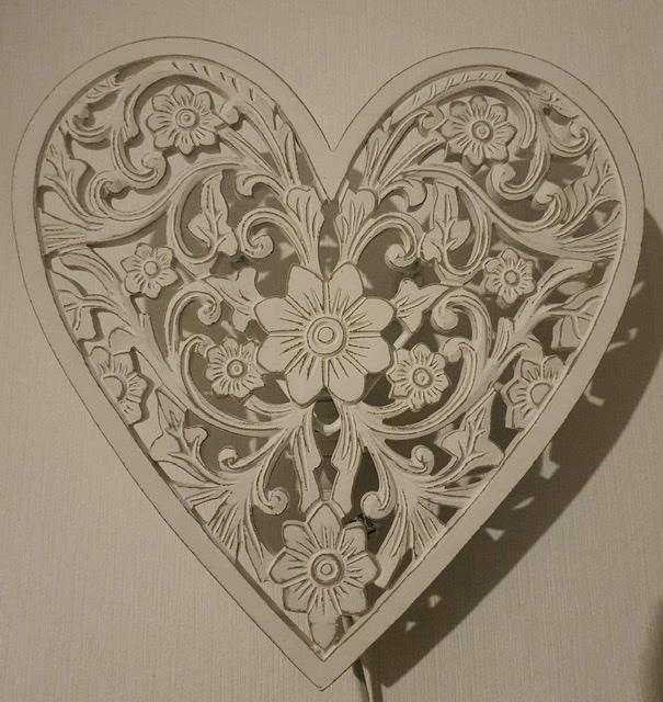 Vägglampa hjärta