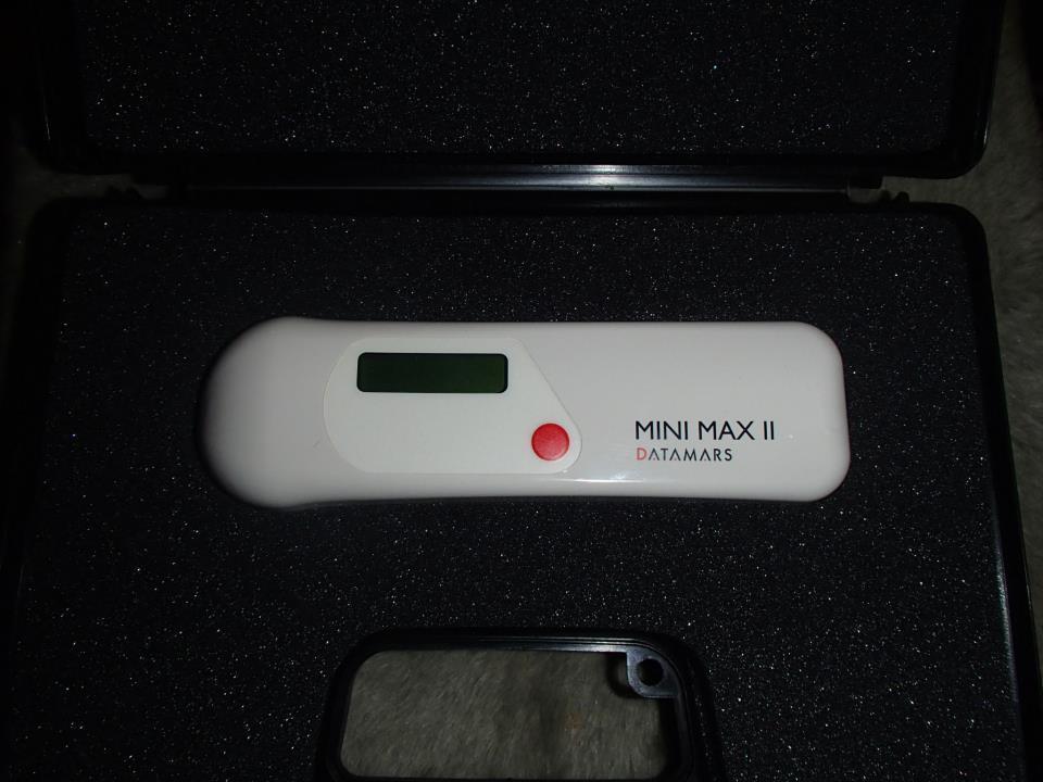 Chipleser MINI MAX II. Chipleseren kan gjennomføre mer en 3000 avlesninger før batteribytte.