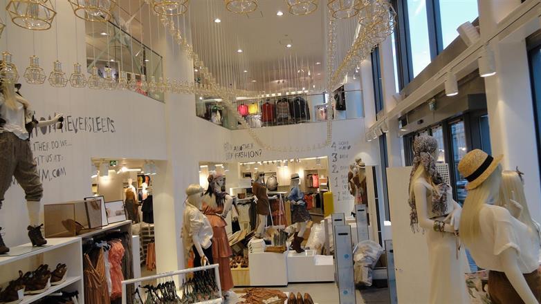 Vi setter i stand H&M butikk på majorstua 2011