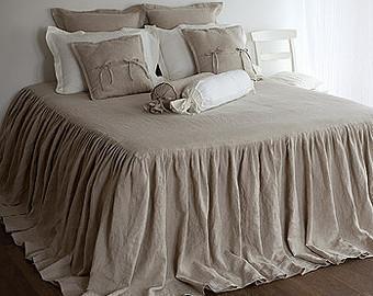 Sängöverkast av linne