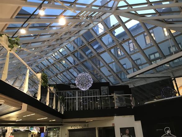 Vi maler opp glasshimlingen på kjøpesenter i Oslo - Januar 2015