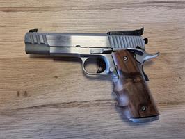 Pistol Infinity 1911 med trelägessikte 9mm (BEG)