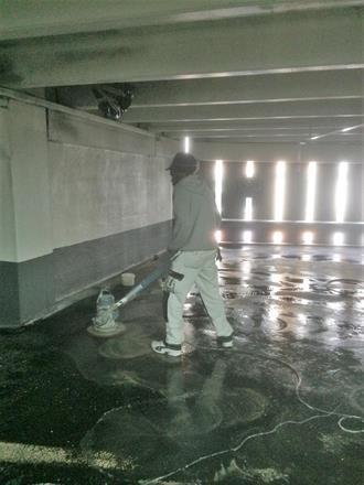 Vi rengjør før videre arbeider