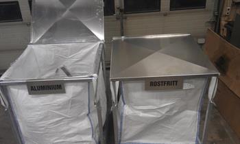 Storsäckshållare för metallsortering/förvaring