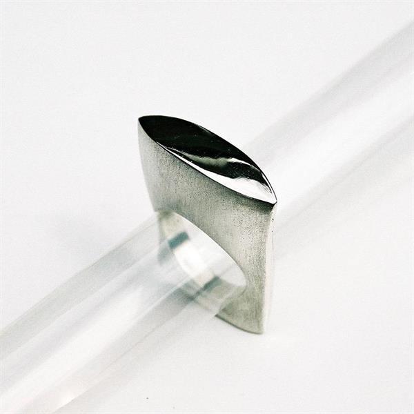 Z 5 Design ring