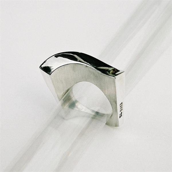 Z 6 Design ring