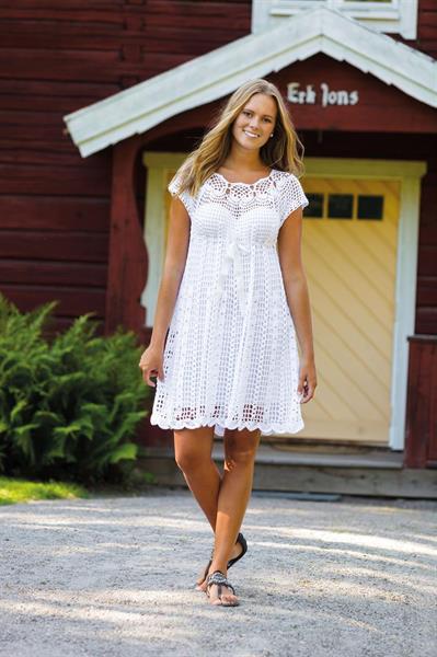 Søt kjole med hjerter