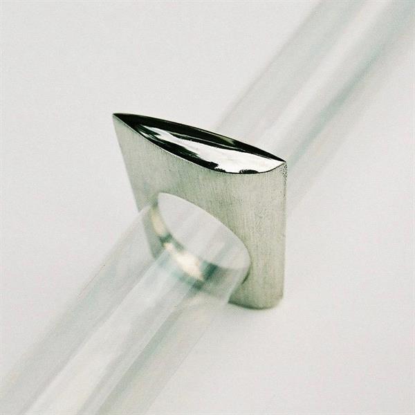 Z 8 Design ring
