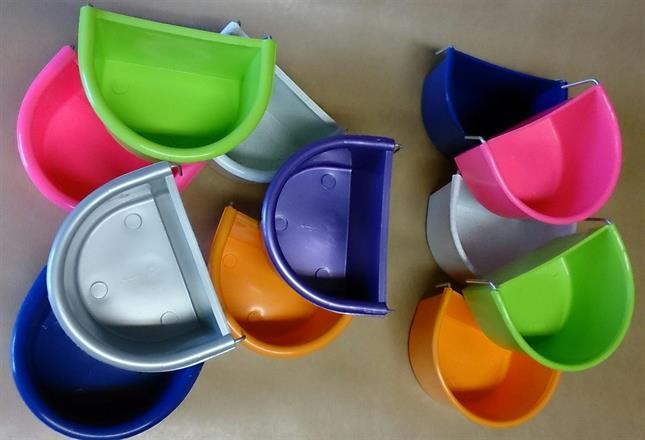 Akita-skålar - flera färger och tjocklekar!