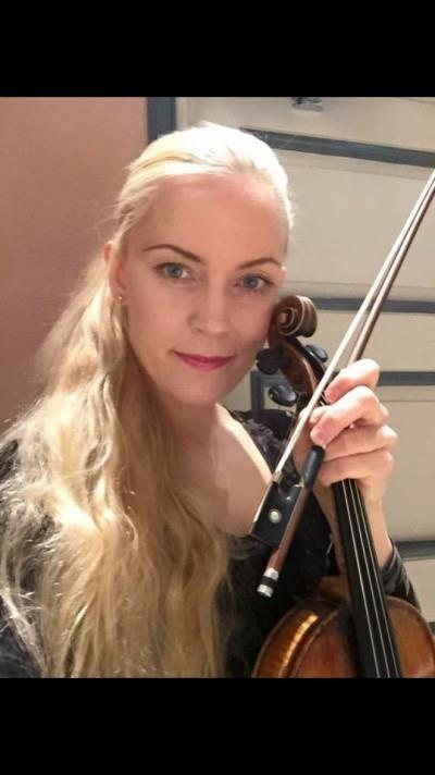Musiikin maisteri, tohtoriopiskelija Minja Pentti