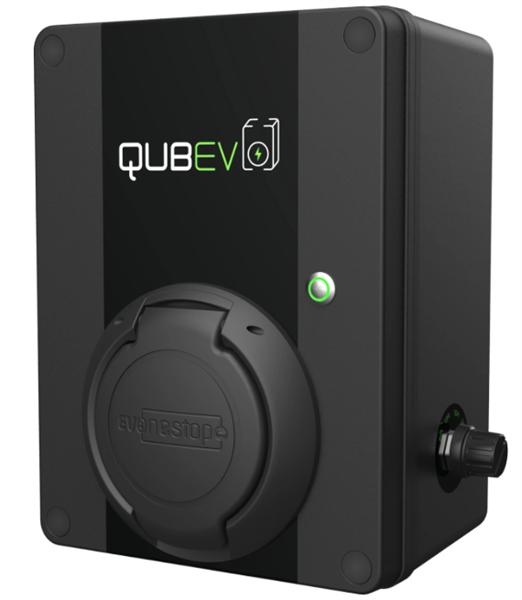 QUBev 7,4 kW ladeboks med stikk og 6mA DC vern