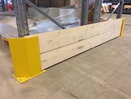 Gavelskydd 2350 mm, höjd 400 mm med trä
