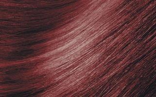 Dénuée 6.77 Mörkblond Intensivt Röd