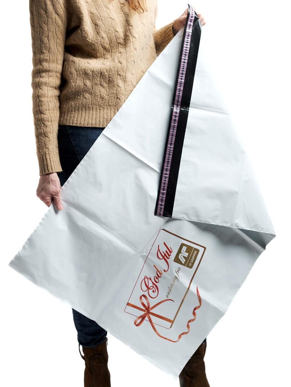 Julepose med firmatrykk